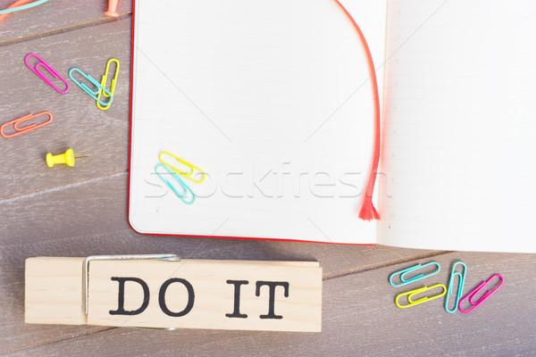 リストを行うには オープン 紙 付箋 表示 シーン ストックフォト © neirfy