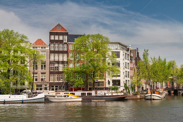 Rivieroever Amsterdam oude historisch huizen rivier Stockfoto © neirfy