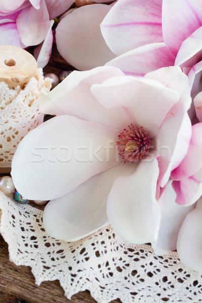 Magnolia kwiaty pereł drewniany stół świeże vintage Zdjęcia stock © neirfy