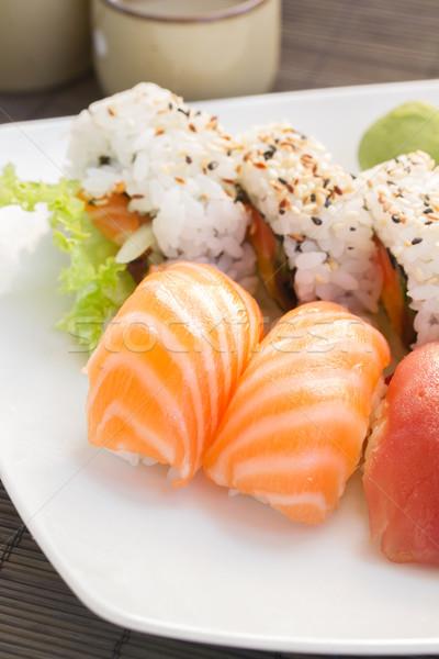 öğle yemeği sushi yemek taze rulo gıda Stok fotoğraf © neirfy