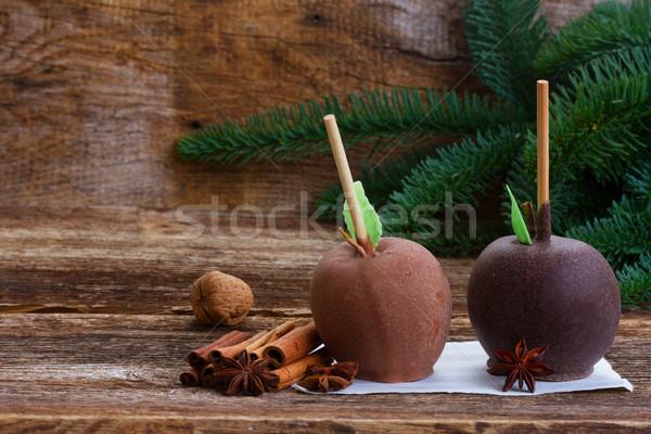 çikolata elma Noel iki elma ahşap masa Stok fotoğraf © neirfy
