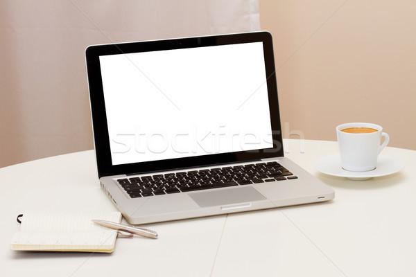 Dolgozik otthon nyitva notebook copy space kirakat Stock fotó © neirfy