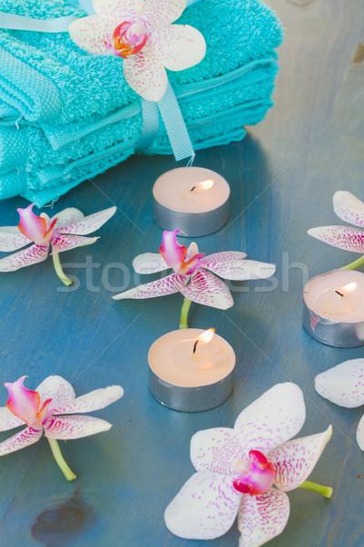 Foto d'archivio: Trattamento · termale · brucia · candele · rosa · corpo · estate