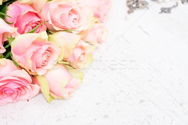 Stok fotoğraf: çiçekler · ahşap · bo · mutlu