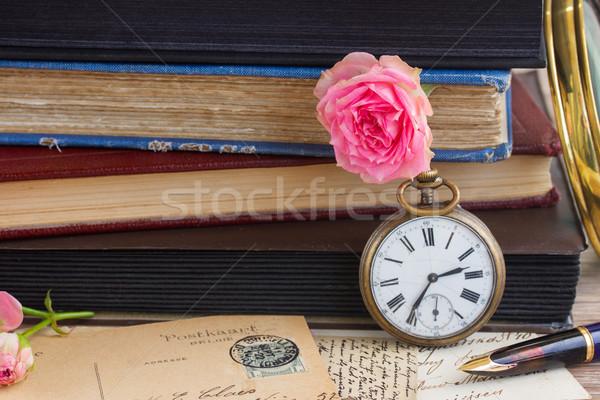 Antieke klok oude boeken brieven zak Stockfoto © neirfy