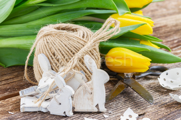 Stok fotoğraf: Paskalya · süslemeleri · sarı · lale · ahşap · yumurta · kabuğu