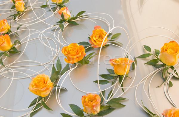 Bruiloft auto bloemen lint bloem steeg Stockfoto © neirfy