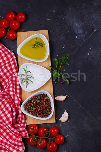 продовольствие специи оливкового масла чеснока помидоров черный Сток-фото © neirfy