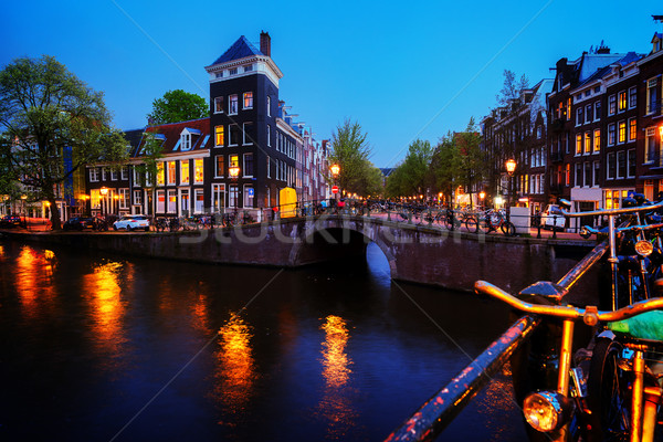 Maisons Amsterdam Pays-Bas canal lumières nuit Photo stock © neirfy