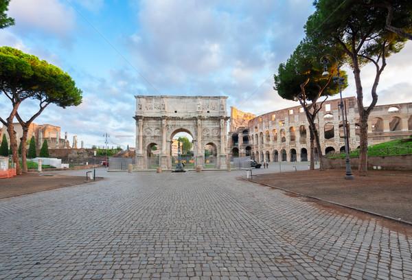 Coliseu arco Roma Itália vazio beco Foto stock © neirfy
