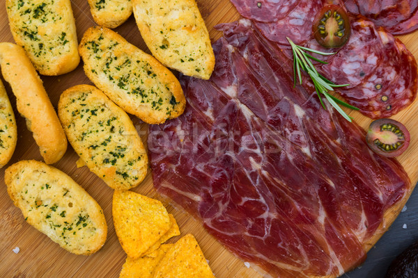 Table espagnol tapas plaque jambon chorizo Photo stock © neirfy