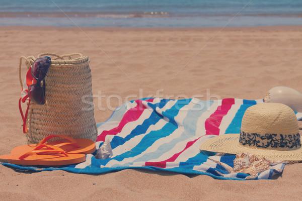 Güneşlenme saman çanta Stok fotoğraf © neirfy