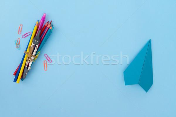 Zurück in die Schule Schulbedarf blau Kopie Raum Büro Papier Stock foto © neirfy
