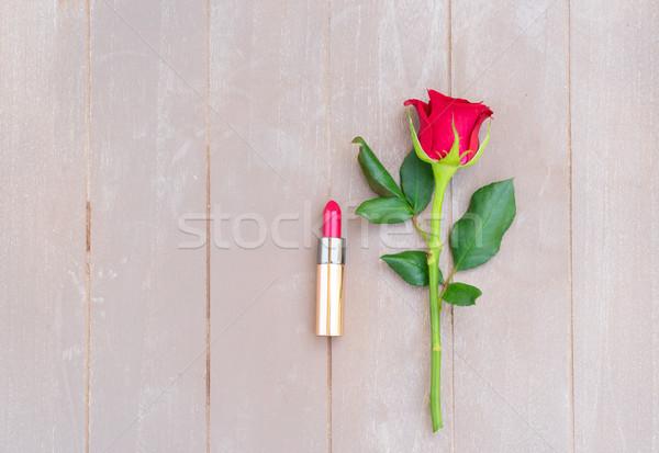 Rojo naturaleza muerta frescos aumentó flor lápiz labial rojo Foto stock © neirfy