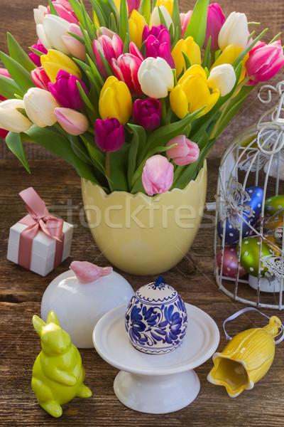 Flores de primavera huevo de Pascua primavera tulipanes pintado conejo Foto stock © neirfy