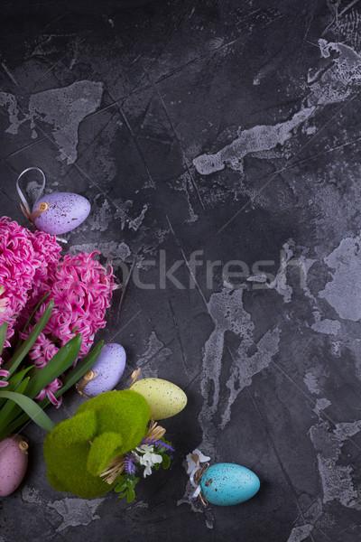 Pasen scène gekleurde eieren lentebloemen konijn voorjaar Stockfoto © neirfy