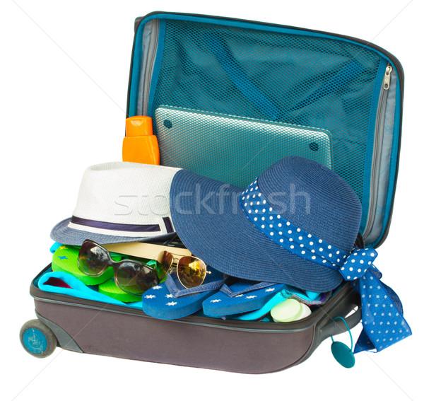 Albastru valiză deschide izolat alb modă Imagine de stoc © neirfy