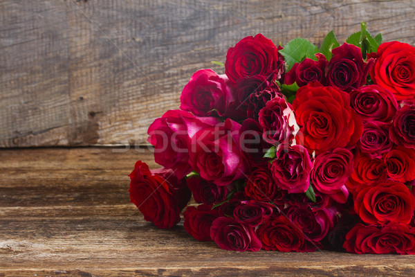 pile of red roses Stock photo © neirfy