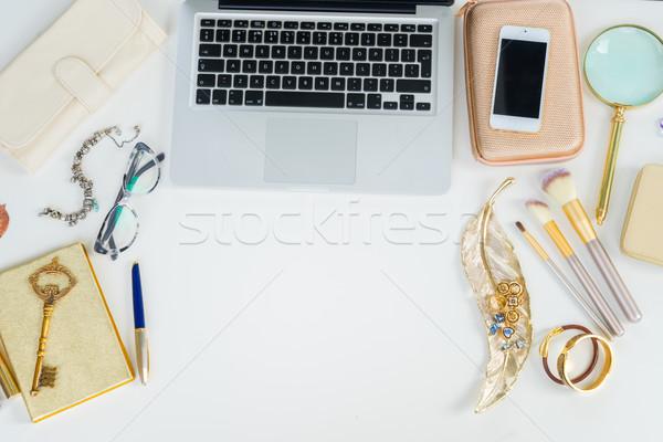 Asztali jelenet laptop billentyűzet arany nő kellékek Stock fotó © neirfy