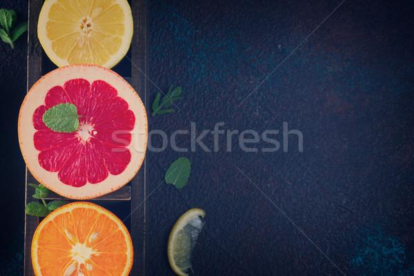 Turuncu limon greyfurt narenciye karanlık Retro Stok fotoğraf © neirfy