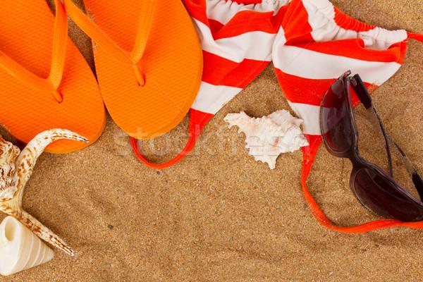 Naranja sandalias conchas bikini arena espacio de la copia Foto stock © neirfy