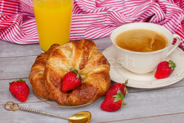 ストックフォト: 朝食 · クロワッサン · コーヒー · イチゴ · 新鮮な · オレンジジュース