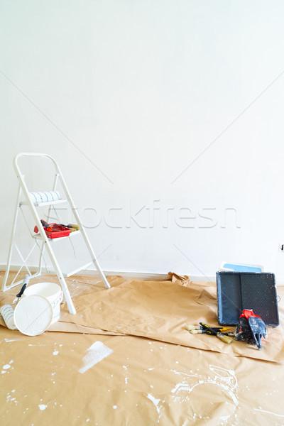 Otthon rendbehoz öreg helyreállítás fehér tapasz Stock fotó © neirfy