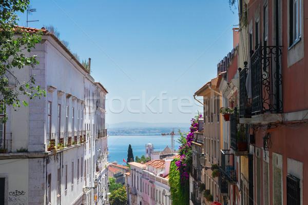 Strada città vecchia Lisbona Portogallo sfondo viaggio Foto d'archivio © neirfy