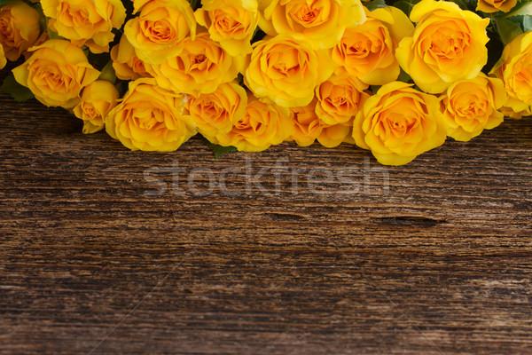 Foto stock: Buquê · fresco · rosas · monte · amarelo · fronteira
