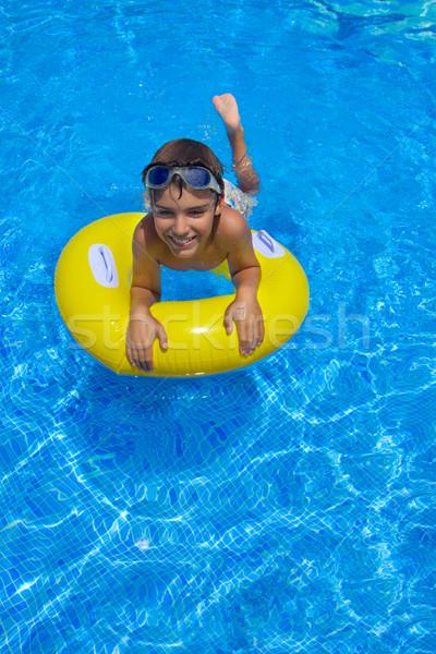 Ragazzo nuoto gomma anello piscina piscina Foto d'archivio © neirfy