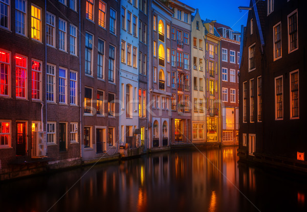 Huizen Nederland verlicht kanaal nacht Stockfoto © neirfy