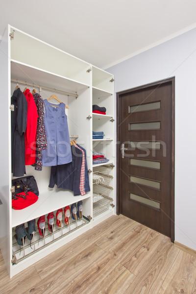 открытых гардероб одежды современных женщины красный Сток-фото © neirfy