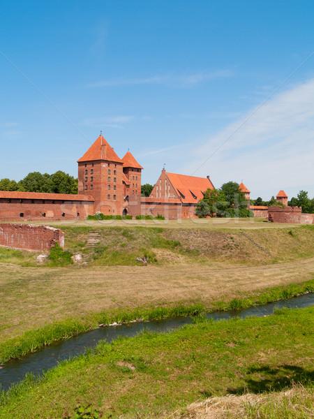 Középkori kastély világ nyár piros Európa Stock fotó © neirfy