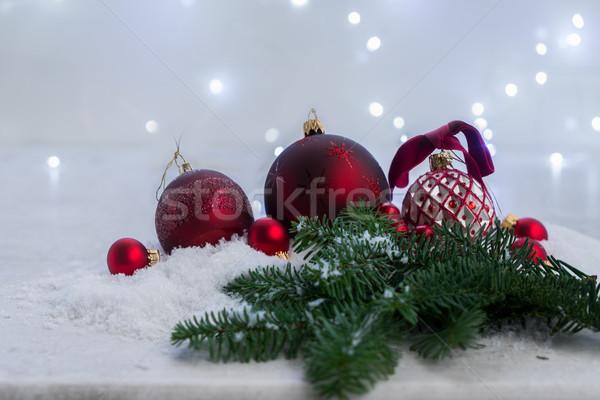 Stok fotoğraf: Noel · sahne · kar · kırmızı · yaprak · dökmeyen