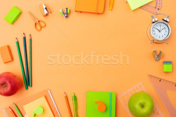 Zurück in die Schule Rahmen mehrfarbig Schulbedarf orange Papier Stock foto © neirfy