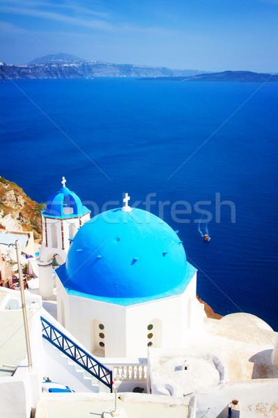 Tradicional azul cúpula mar santorini iglesia Foto stock © neirfy