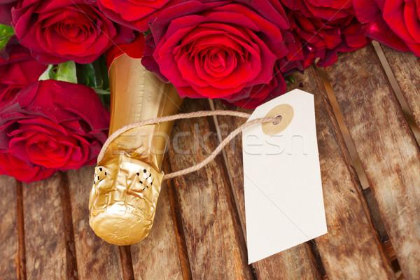 Stock fotó: Sötét · vörös · rózsák · nyak · pezsgő · valentin · nap · bor