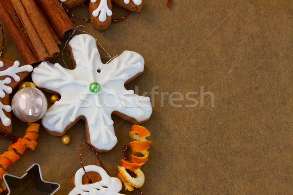 Noel zencefilli çörek kurabiye kar tanesi süslemeleri pişirme Stok fotoğraf © neirfy