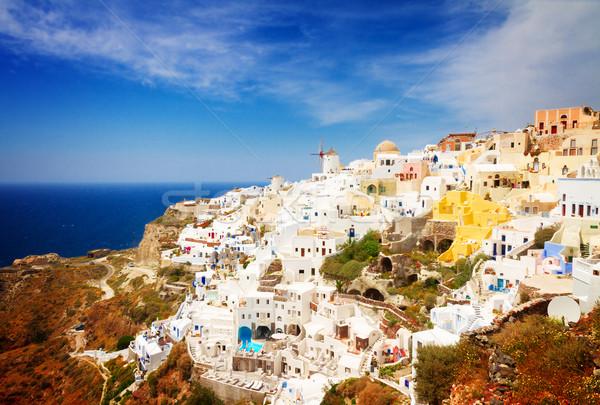 Geleneksel Yunan köy ufuk çizgisi beyaz santorini adası Stok fotoğraf © neirfy