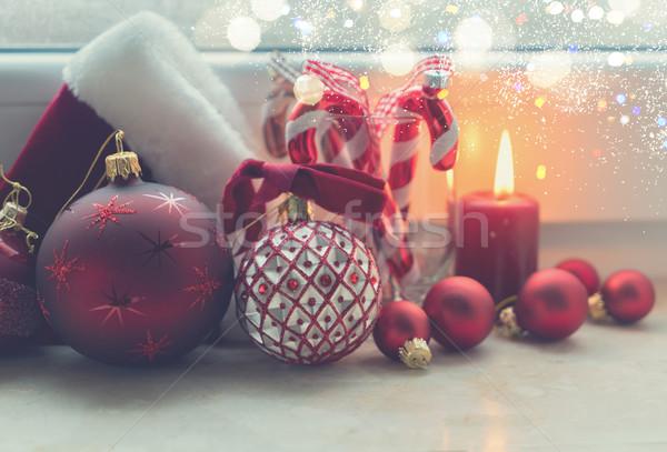 Christmas scène brandend licht Rood venster Stockfoto © neirfy