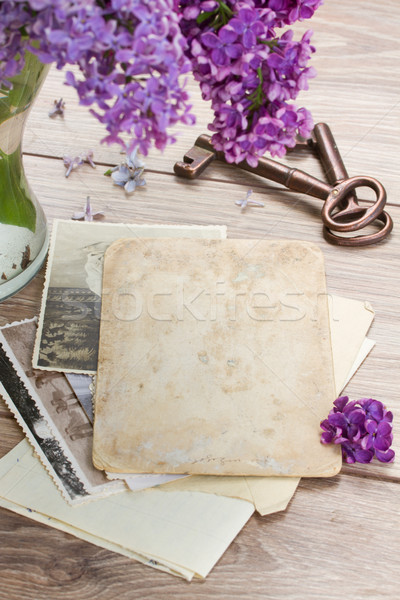 öreg fotók klasszikus kulcsok asztal papír Stock fotó © neirfy