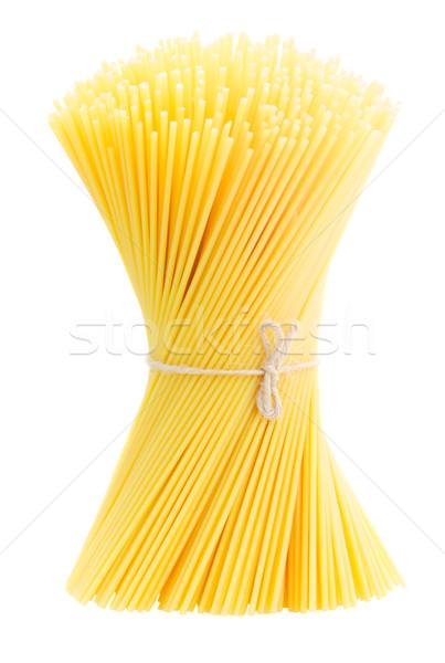 Spaghetti ruw pasta geïsoleerd witte achtergrond Stockfoto © neirfy