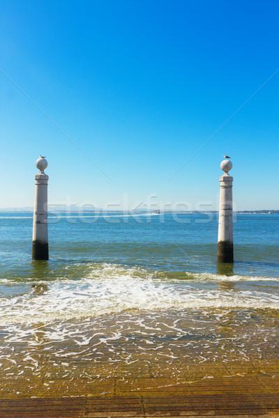 Dos Lisboa turistas lugar Portugal cielo Foto stock © neirfy