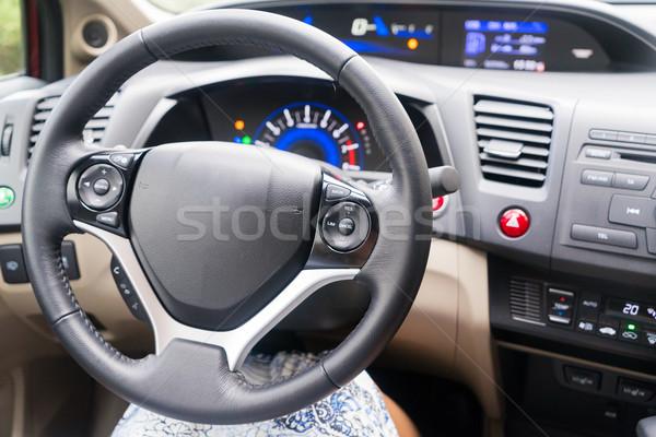 Samochodu koła tablica rozdzielcza nowoczesne skóry niebo Zdjęcia stock © neirfy
