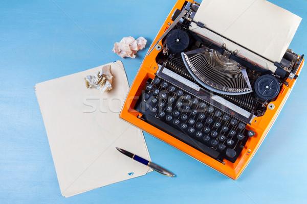 作業領域 ヴィンテージ オレンジ タイプライター 空っぽ 紙 ストックフォト © neirfy