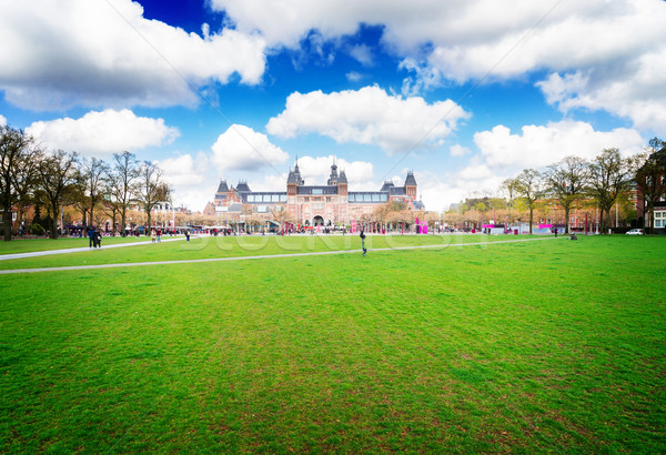 Standbeeld Amsterdam voorjaar groene gazon Stockfoto © neirfy