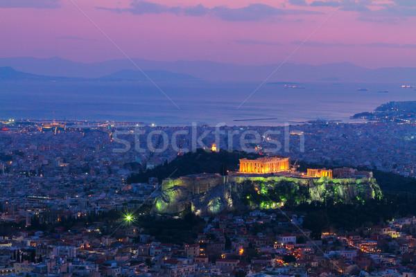 Stadsgezicht nacht verlicht heuvel tempel stad Stockfoto © neirfy