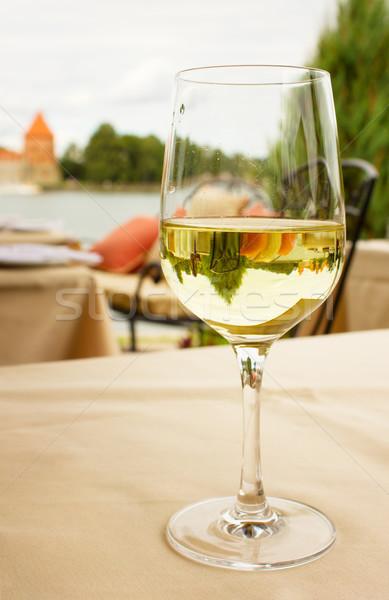Музыка белое вино