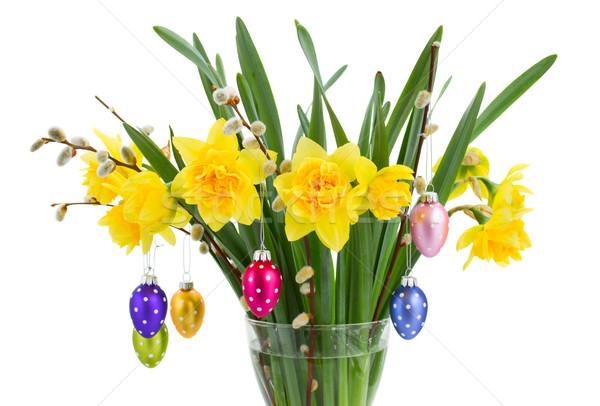 Nergis çiçekler paskalya yumurtası buket asılı yumurta Stok fotoğraf © neirfy