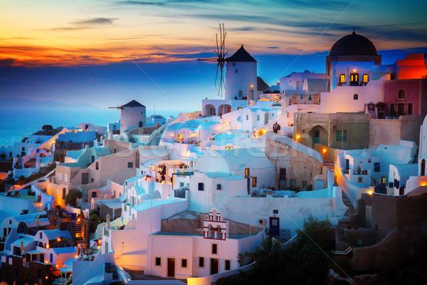 Aldeia noite santorini luzes Grécia cidade Foto stock © neirfy